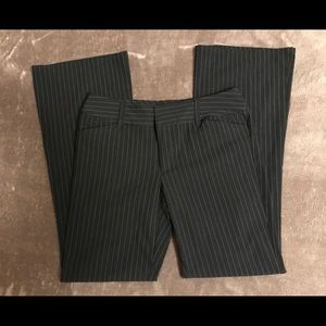 Old Navy size 6 Black with White Stripe Dress Pant